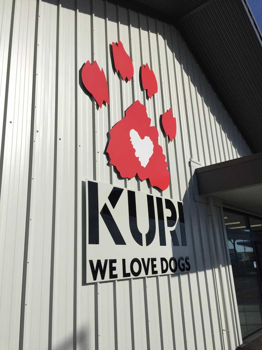 Kuri Christchurch exterior signage design